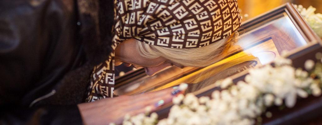 19.12.2017 Престольный праздник. Память святителя Николая, архиепископа Мир Ликийских, чудотворца: Всенощное бдение, водосвятный молебен и Литургия.